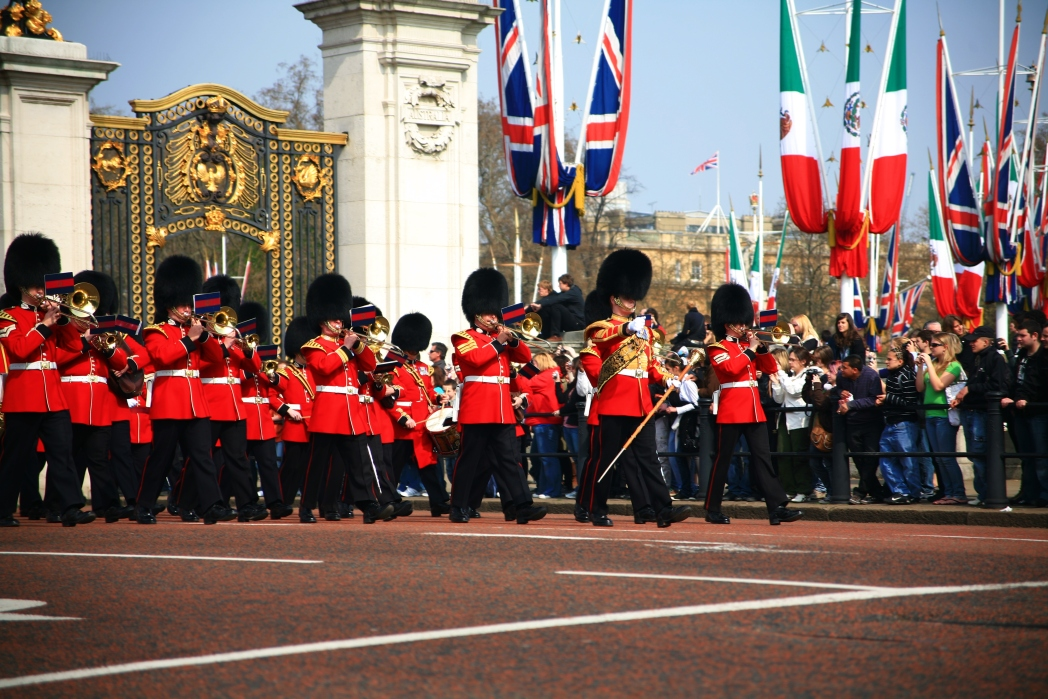 Soldiers marching. Photo: Defence Images / Flickr