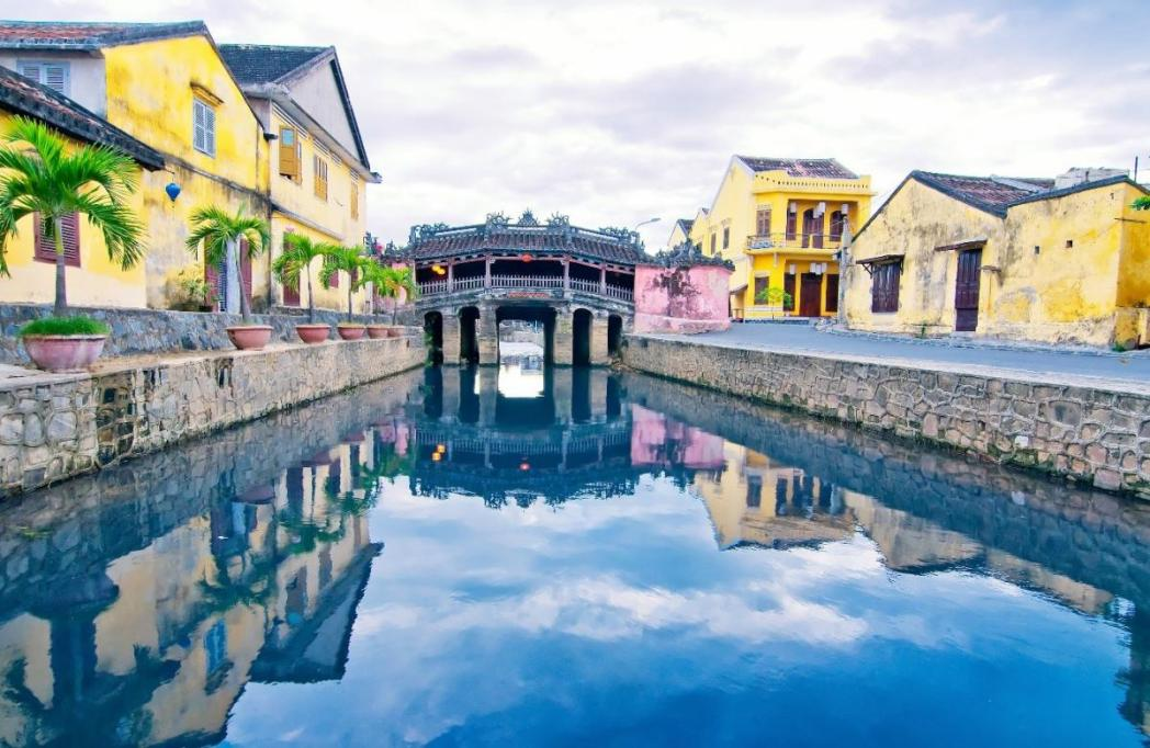Explore the rivers in Hoi An